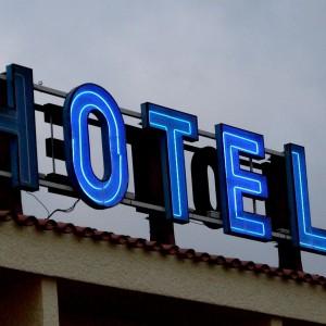 HOTEL-18h
